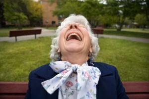 oldwoman_laughing_or_crying