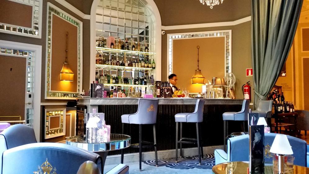 la-espectacular-cocteleria-del-dry-bar-del-hotel-maria-cristina