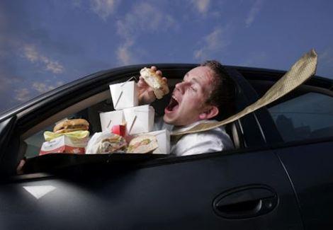 eating-in-car